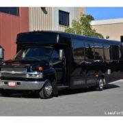 ChevroletKodiakC5500ShuttleBus29Pass-1
