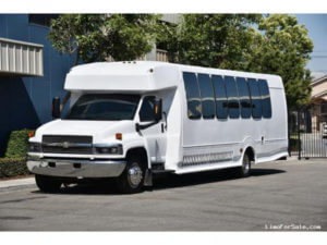 (G) Chevrolet Kodiak C5500 Limousine Coach (up to 28/34 Passengers)
