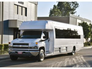 (J) Chevrolet Kodiak C5500 Limousine Coach (up to 32/38 Passengers) White