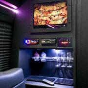 limobus-jpg-w300h452